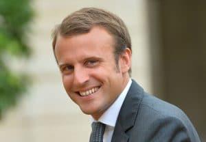 Emmanuel Macron : il aurait menti aux français sur sa vaccination ! De nouvelles informations !