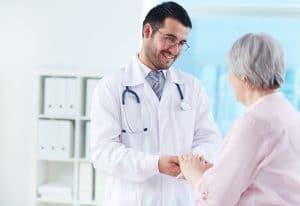 Comment comprendre la loi Hamon sur l'assurance santé ?