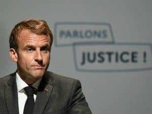 Droit européen: Emmanuel Macron condamne les attaques françaises!