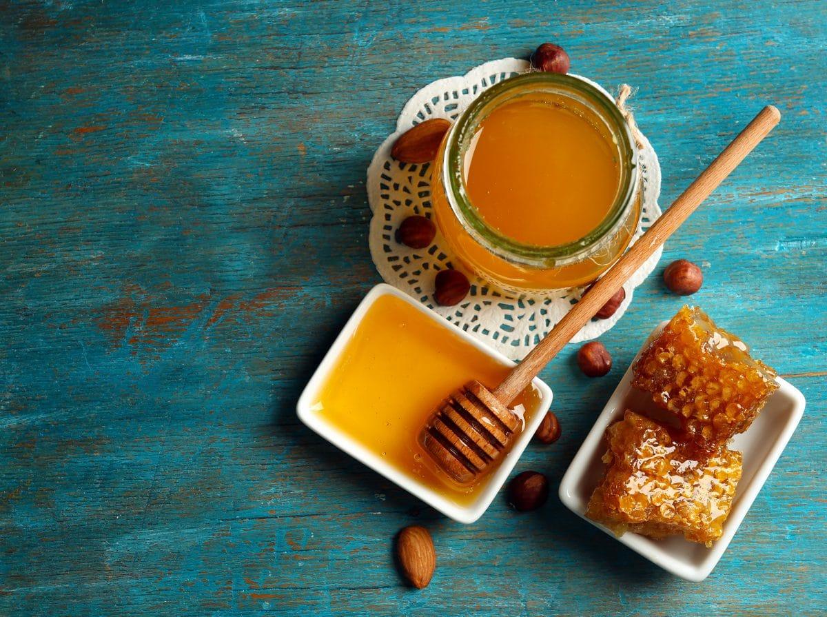 Pourquoi faut-il préférer le miel au sucre raffiné !