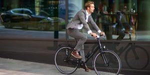 Quelles sont les bonnes positions à adopter pour aller confortablement à vélo?